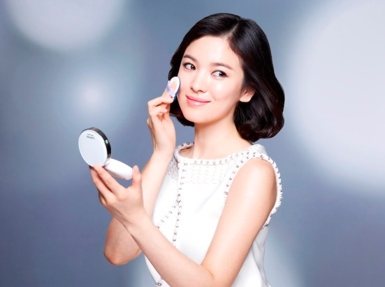 Song Hye-Gyo_ Laneige BB cushion